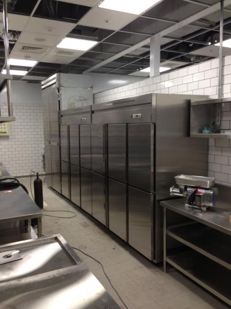 不銹鋼立式冷藏櫃 4