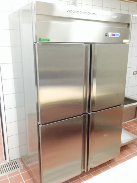 不銹鋼立式冷藏櫃 2