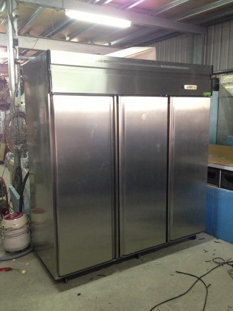不銹鋼立式冷藏櫃 8